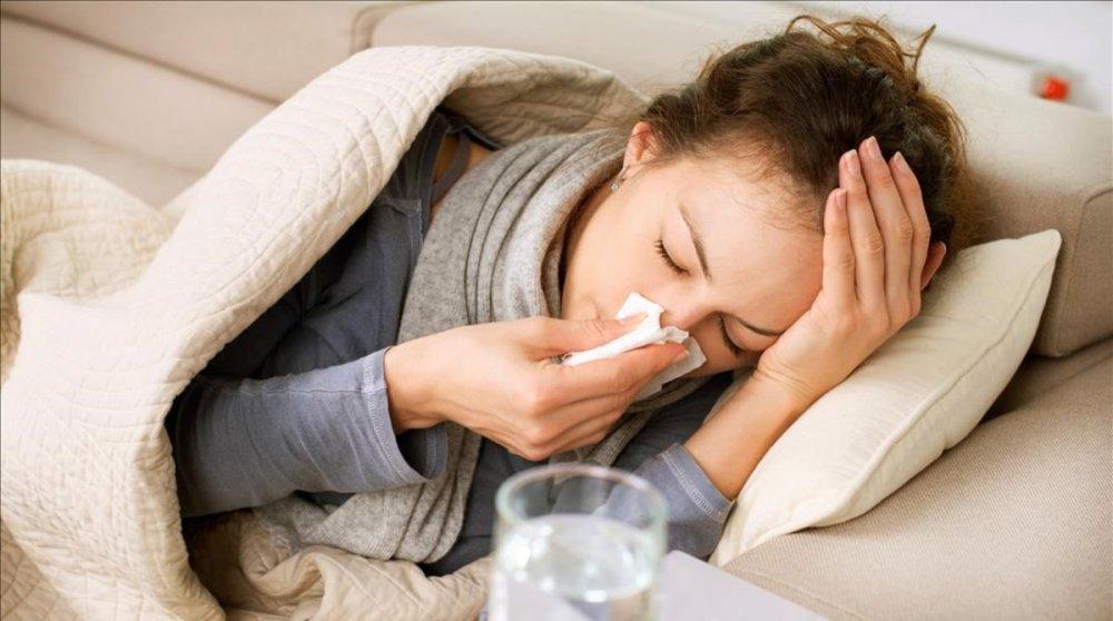 zentauroepp20937020-mas-salud-resfriados-gripe-generico-foto-123rf190110181856-1547140885403