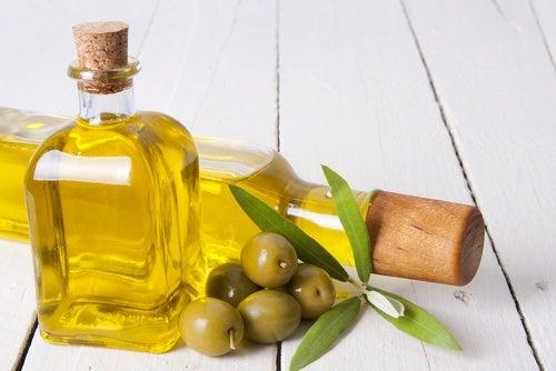 10-remedios-caseros-que-no-conocías-con-aceite-de-oliva-500x334