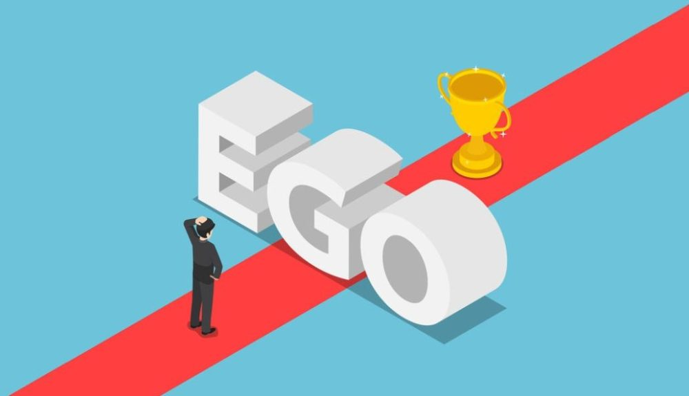 Isometric businessmen was obstructed by the ego wall to find a w