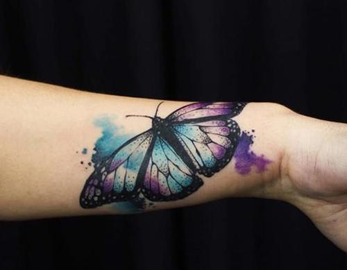 mejores-tatuajes-de-mariposas-para-mujeres-4